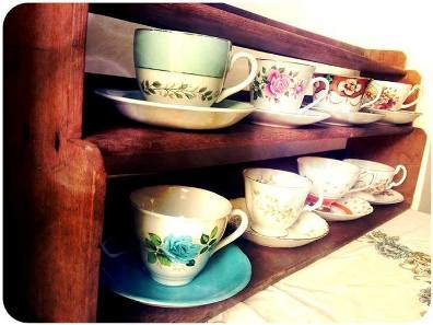 10 Ways To Upcycle Old Teacups 1