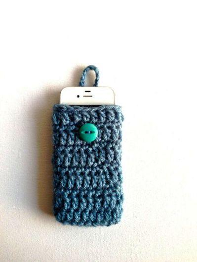 Crochet Phone Case 1