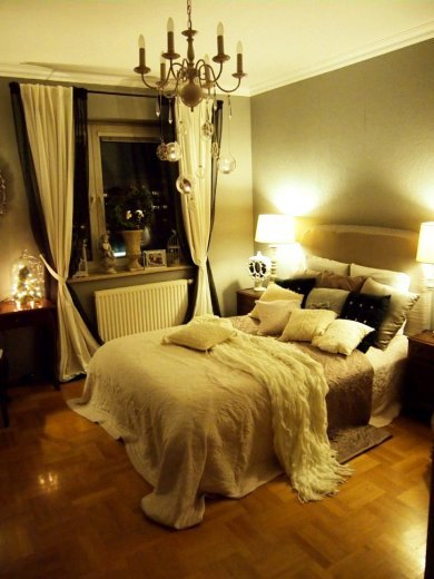 10 Steps To Creating A More Romantic Bedroom