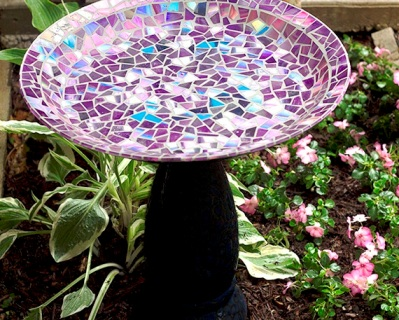 Easy Mosaic Bird Bath 1