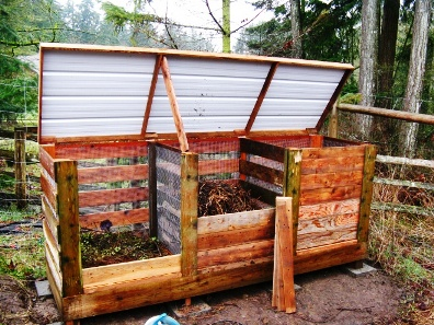 How To Build The Ultimate Compost Bin 1