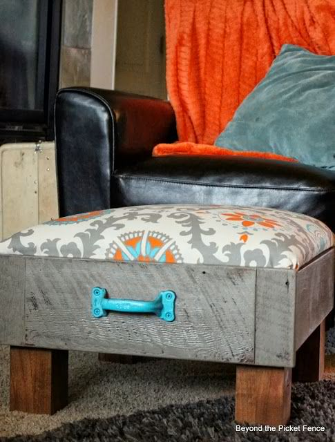 Upcycle a Drawer to make an ottoman